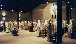 a comunidade reunida em oração