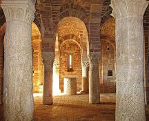 Monasterio de Bose – San Masseo, Asís (cripta)