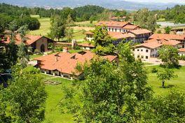 Bose, vista panorámica del monasterio
