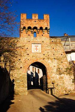 Porta medieval de Salussola