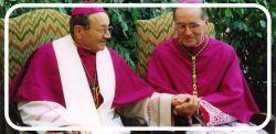Monsignor Pietro Giachetti e monsignor Pier Giorgio Debernardi nel giorno dell'ingresso in Diocesi di quest'ultimo (8 novembre 1998)